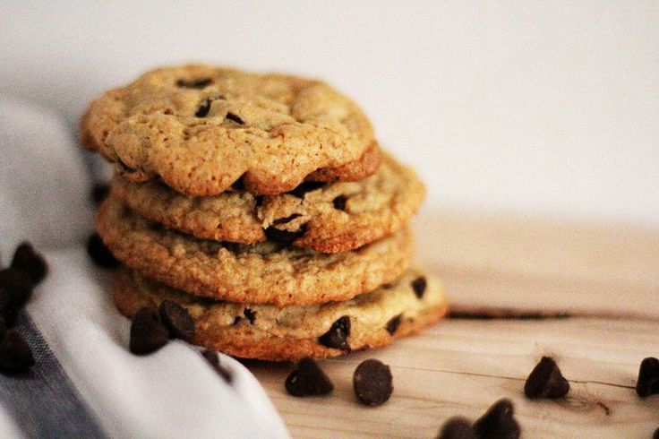 Crispy Chewy Chocolate Chip Cookies Recipe — Dishmaps