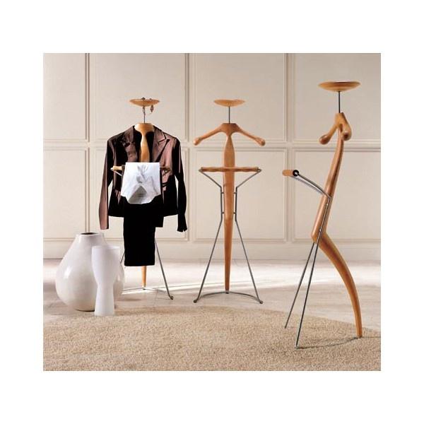Galán de diseño de la firma Porada Italia. Galan moderno en madera maciza para dormitorio o complemento decoracion.  Muebles on line majadahonda