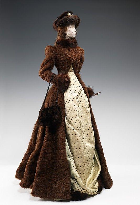 1889 Кукла по Маррона (металл, гипс, волосы, шелк, меха), 1949.  ММА