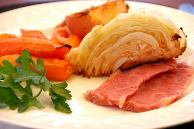 Slow Cooker Corned Beef and Cabbage - time to try a new recipe!