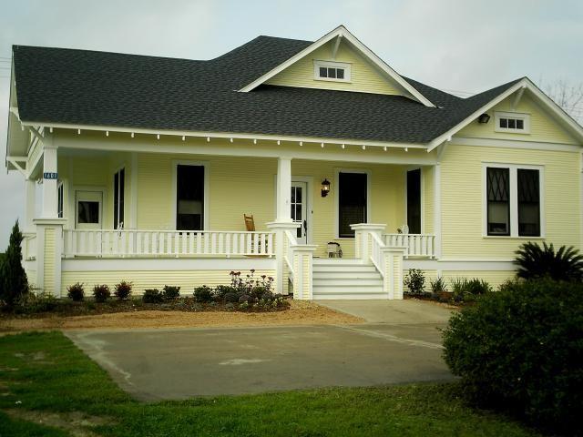 e story farm house