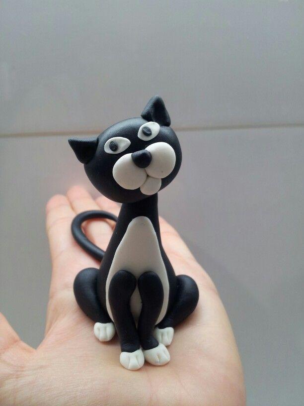 Black Cat Cake Decoration : Fondant gumpaste cat black white Fa-la-la-la-Fondant ...