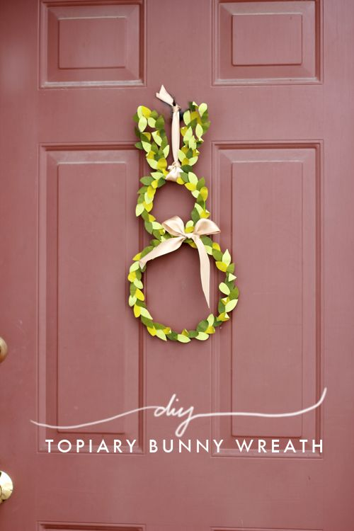The House That Lars Built.: Bunny topiary wreath for your door #Easter #Spring