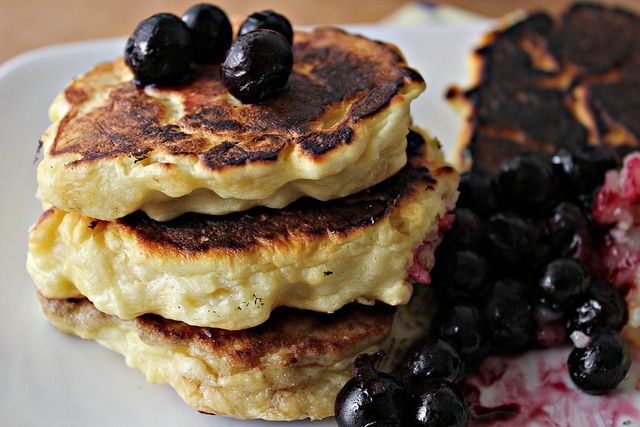 Meyer Lemon Ricotta Pancakes with Meyer Lemon Curd - Joanne Eats Well ...