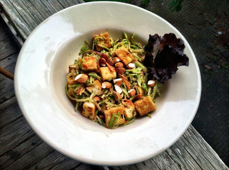 Almond butter broccoli stirfry | good food | Pinterest