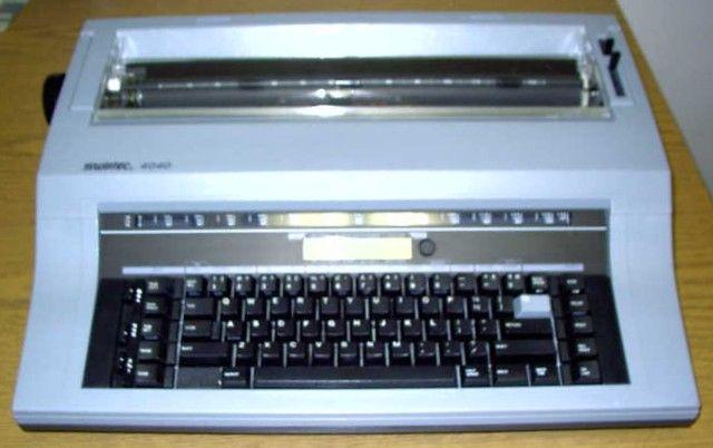 TypewritersQwerty Keyboard Typewriter