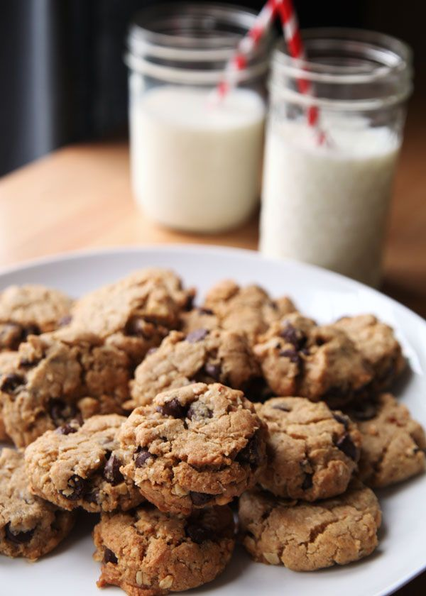 ... Chocolate Chip Cookies Recipe | Savory Sweet Life *Get in my mouth