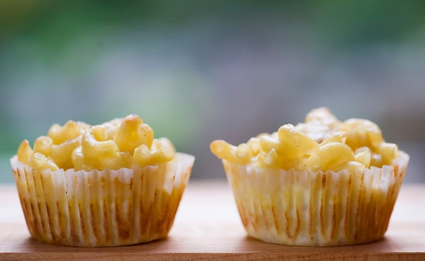 Mac and cheese cupcakes   Party ideas   Pinterest