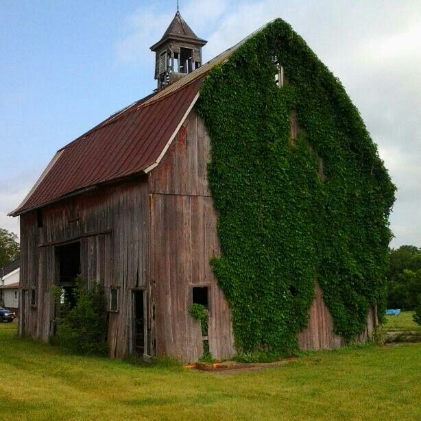 Wonderful Old Country Barn