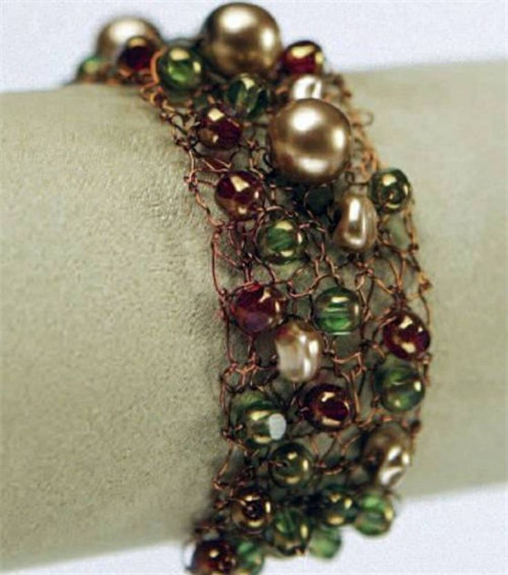 Knitting With Wire And Beads Patterns : Knitted wire bead bracelet knitting beaded bracelets