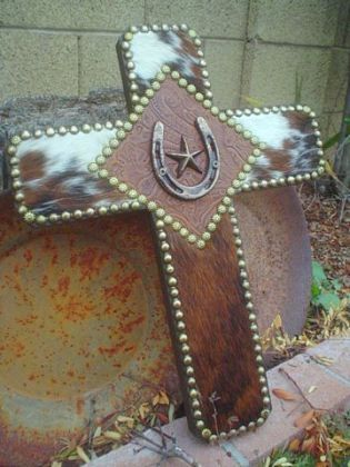 cow hide, barn star, and horse shoe whats not to love