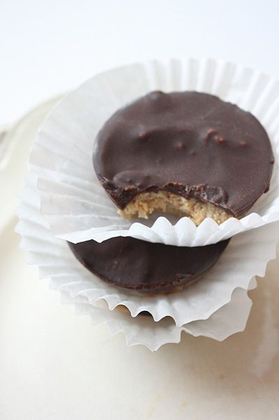 Homemade Reese's that don't have white sugar (only honey)