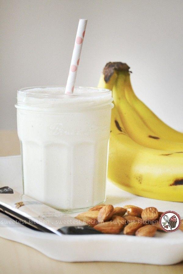 Banana Chai Smoothie | Drinks All Around! | Pinterest