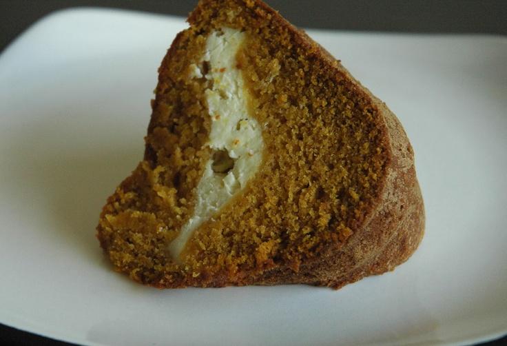Pumpkin Cream Cheese Bundt Cake | Recipes that I MUST try! | Pinterest