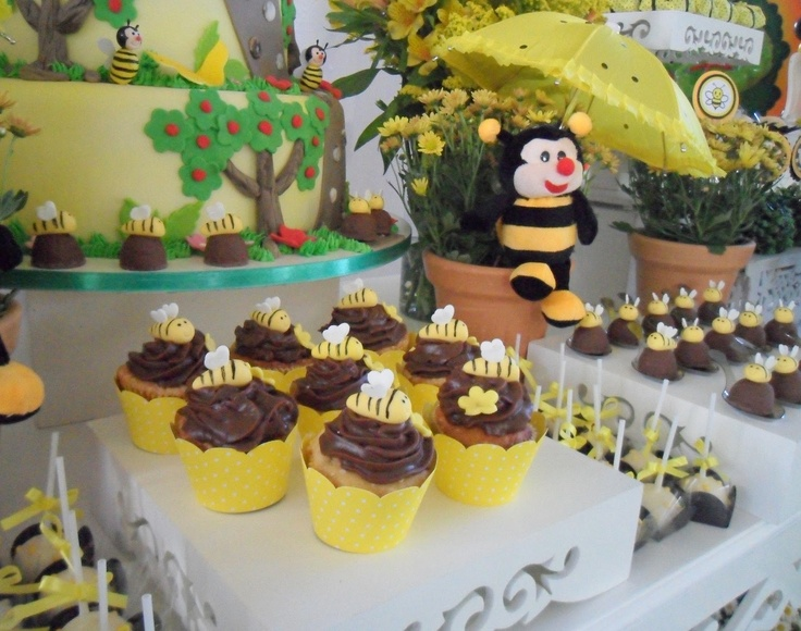Festa Provençal: Abelhinhas