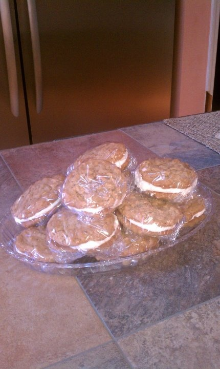 oatmeal whoopie pies | Yummy Desserts | Pinterest