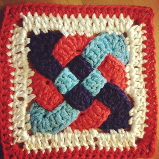 Crochet Knot : Celtic Knot Square Crochet Creations [Yarn Goodies!] Pinterest