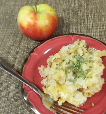 ... Does Dinner... Healthy & Low Calorie: Cheddar Apple Mashed Potatoes