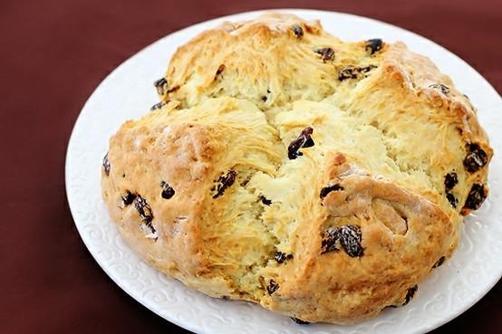 IRISH SODA BREAD | To satisfy my sweet tooth. | Pinterest