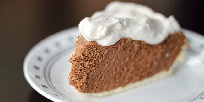 French Silk Chocolate Pie-- I got teary eyed just looking at the ...