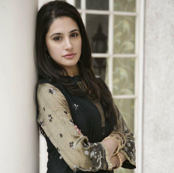 bollywood actress nargis fakhri nargis fakhri pinterest