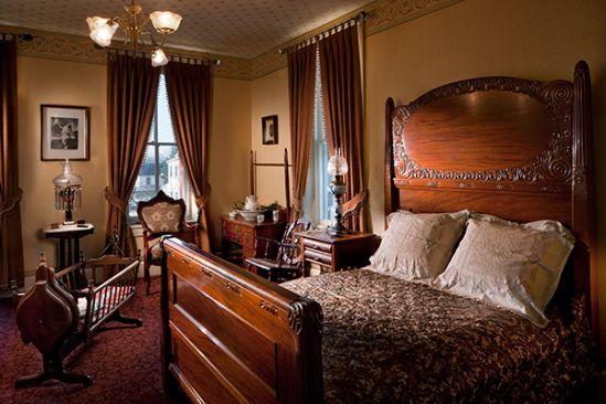 Mid 1800 39 S Bedroom Home Decor