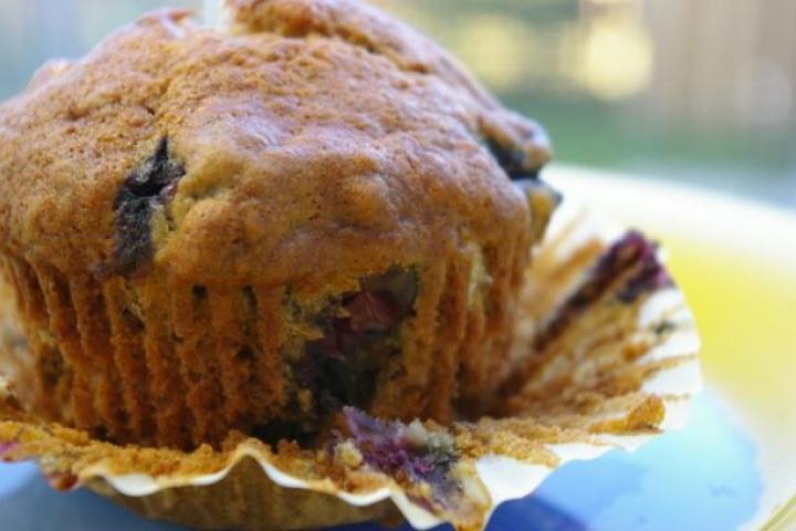 blueberry banana muffins | Summer | Pinterest