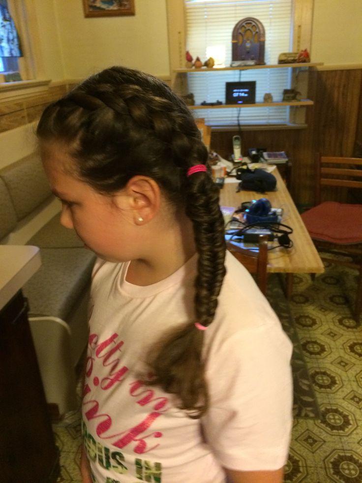 Ava Phillipe's New Hair Is Festival Season Perfection - Allure