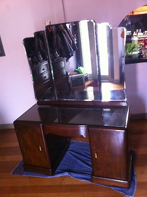 Pin by vanessa dillon on art deco dressing table pinterest for Skinny dressing table