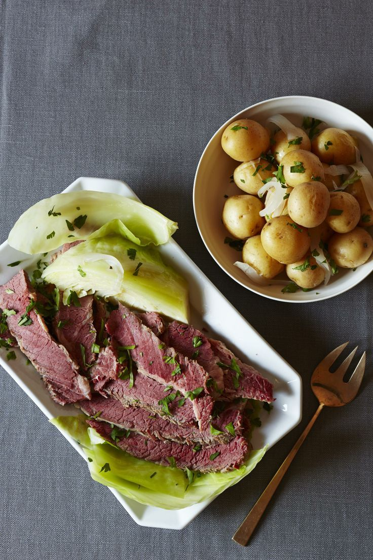 Slow Cooker Beer-Braised Corned Beef and Cabbage #beef #slowcooker # ...