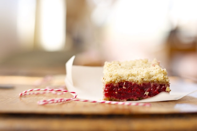 Raspberry Crumb Bars | Cookies and Bars~ | Pinterest