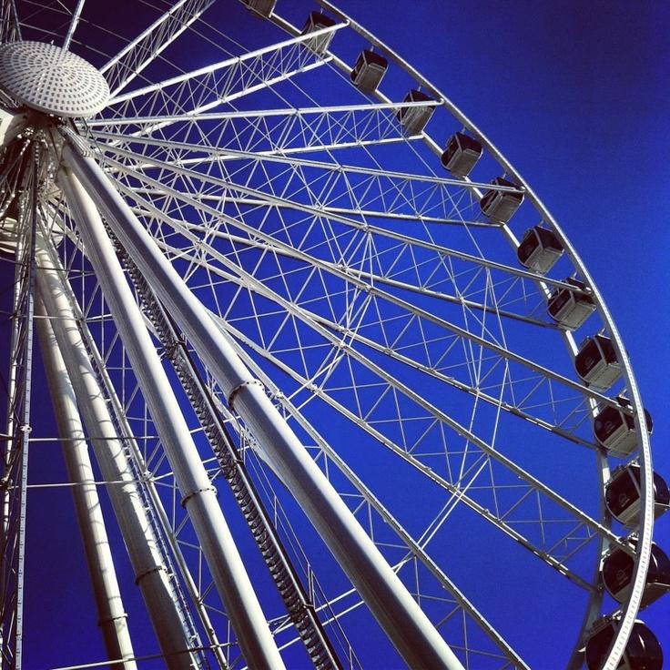 Seattle's Great Wheel.