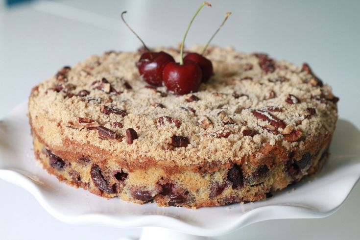 Cherry Crumble Cake | Cakes | Pinterest