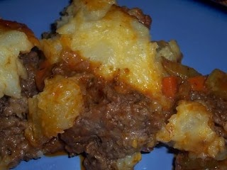 Cheddar Topped Shepherd's Pie! | Yummies to Make | Pinterest