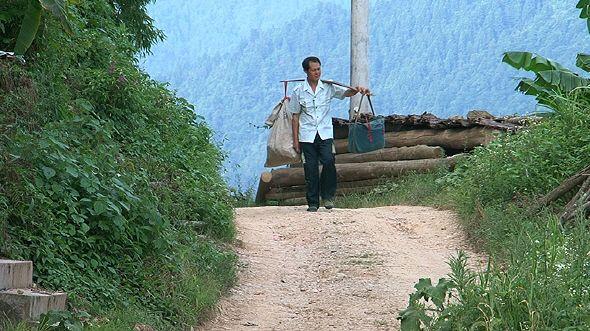 길 위의 천사 - 귀주성 진핑 우편배달부 창린창   (EBS 다큐프라임) http://www.youtube.com/watch?v=jGLnNpIkg-o