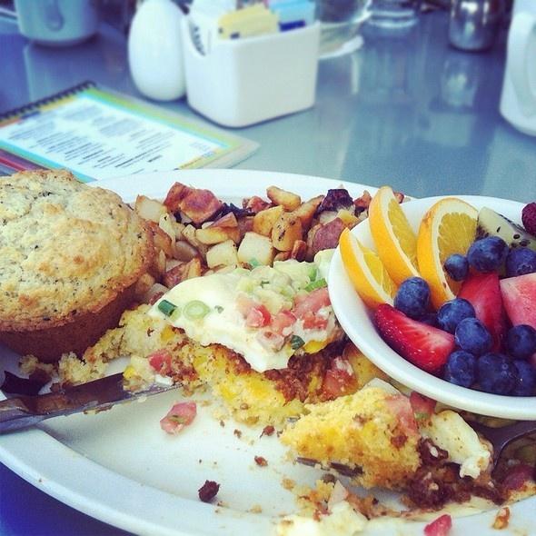 Kalamity Katie's Border Benedict Recipes — Dishmaps