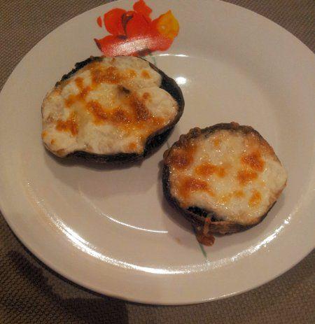 mozarella goat cheese stuffed mushrooms | food inspiration board | Pi ...