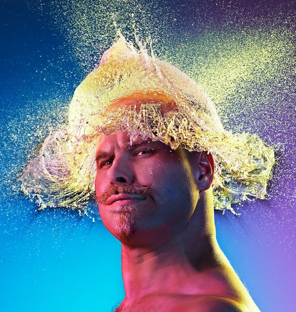 For his latest project, Tim Tadder found a bunch of bald men and threw water balloons at their heads, literally!    Water Wigs - Halos Made of Water by Tim Tadder    via Behance