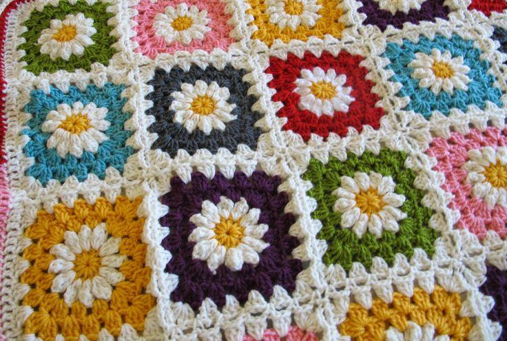 Crochet Daisy Baby Blanket Pattern : pieceful: Daisy baby blanket crochet Pinterest