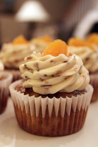 Hummingbird Cupcakes | Cuppycakes :) | Pinterest