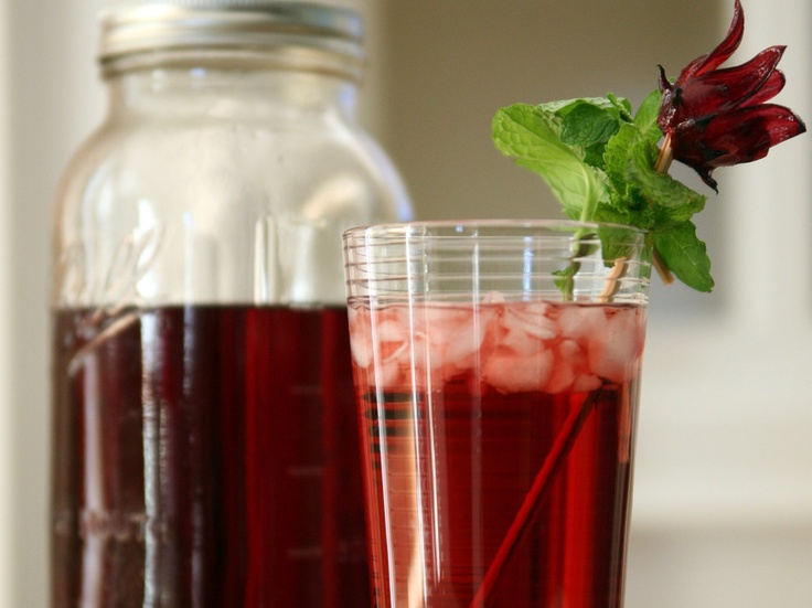 Agua de Jamaica (Hibiscus Tea) by Muy Bueno Cookbook