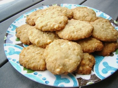 Oatmeal Cookies With Lime, Coconut, And White Chocolate Recipe ...