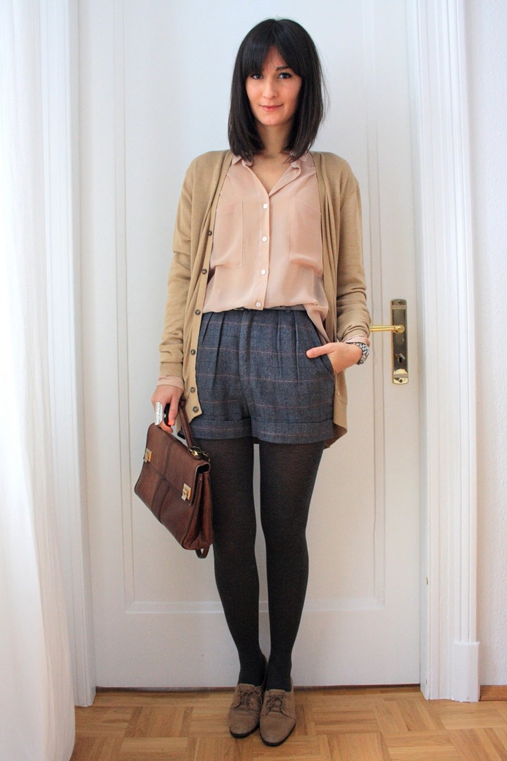 20 Winter Outfits With Tweed Shorts photo