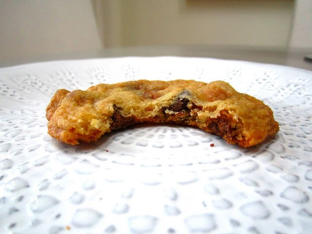 butterfinger chocolate chip cookies; a great balance between chew and ...