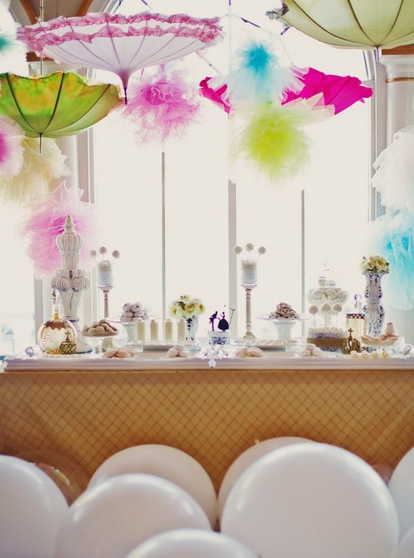 Vintage parasols over dessert table, photo by Tinywater.com