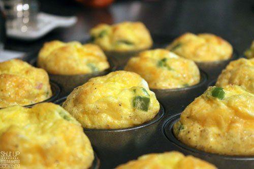 ... breakfast!! {Gluten Free} Green Pepper, Ham and Cheese Egg Muffins