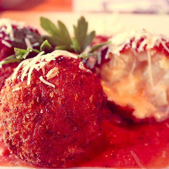 mac amp cheese balls in cream sauce http www thinkarete com fried mac ...