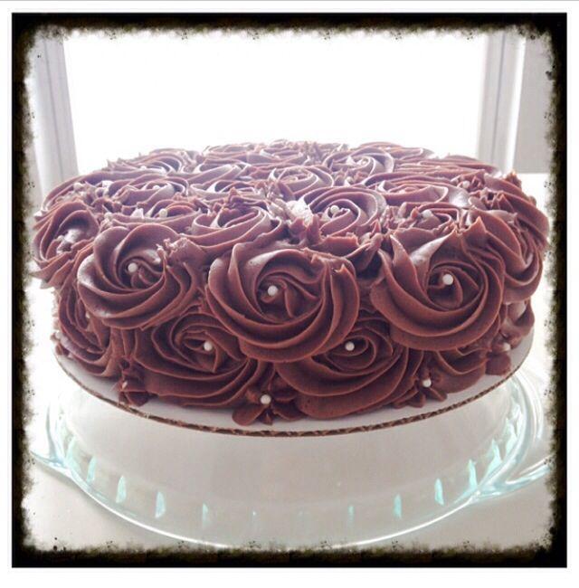 Double chocolate layer cake | Tabi's Treats | Pinterest