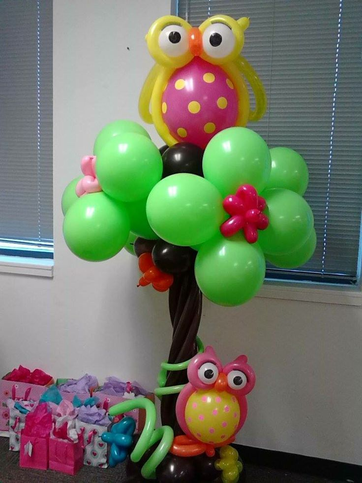 Owl tree made of balloons decoraciones con globos