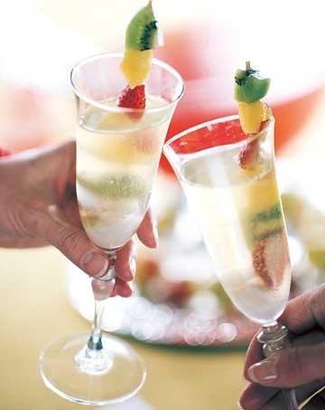 Champagne Punch...Yummo! #santa